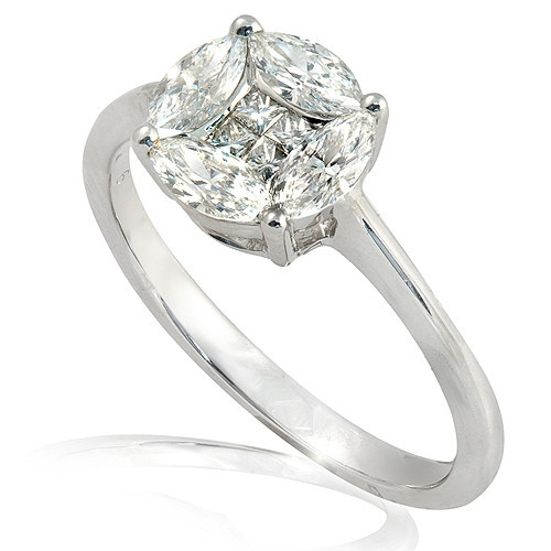 Classic Beauty: A Diamond Engagement Ring That Says It All
