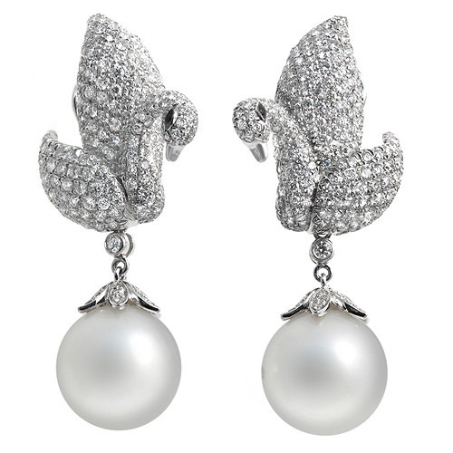 Swans and Pearls